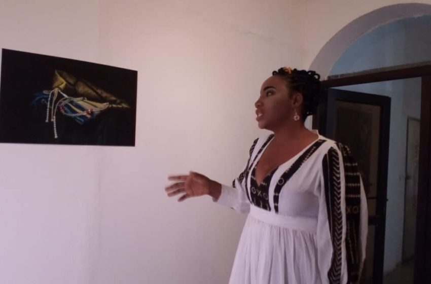 « Garde-Les» : une exposition photo de Fanta Diarra